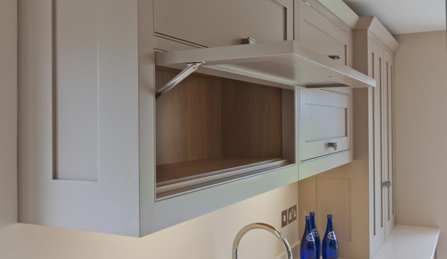 cupboard-door-over-sink